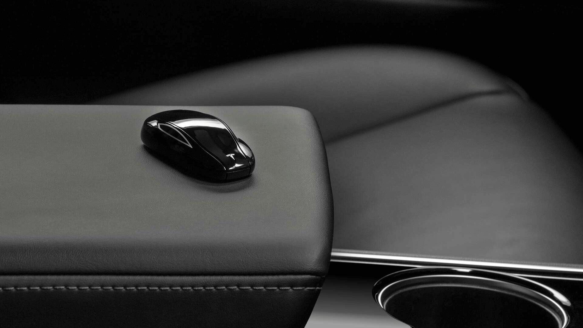 Tesla Model 3 Key Fob 遙控召喚教學、日常使用方式